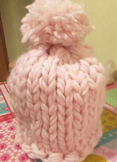 Kaufe meinen Artikel bei #Kleiderkreisel http://www.kleiderkreisel.de/accessoires/mutzen/163647623-mutze-chunky-strick-bommel-100-merinowolle-xxl-maschen-rosa