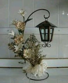 47 Awesome Farmhouse Dollar Store DIY - My best diy and crafts list Christmas Arrangements, Christmas Centerpieces, Xmas Decorations, Floral Arrangements, Wedding Decorations, Christmas Lanterns, Christmas Wreaths, Christmas Ornaments, Christmas Porch
