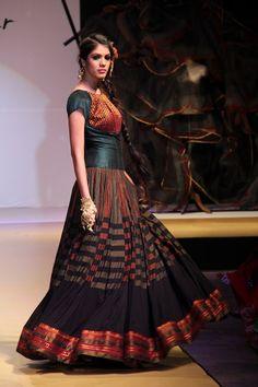 An ode to weaves and weavers of Andhra pradesh.....by Shravan Kumar