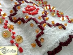 www.breslo.ro/caterine Diy And Crafts, Coin Purse, Costumes, Popular, Embroidery, Traditional, Blouse, Shirts, Needlepoint