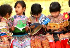 Girls from an indigenous community read outdoors at Ban Pho Primary School in Bac Han District in remote Lao Cai Province, Viet Nam. Richest In The World, We Are The World, People Of The World, Education And Development, Education For All, International Mother Language Day, Knowledge Society, Children's Book Characters, Lao Cai