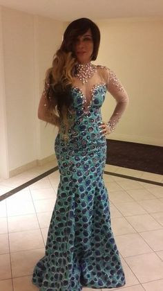 Latest Edition Of Ankara & Kente Styles: Hot, Slinky, Sassy & Stunning - Wedding Digest Naija African Attire, African Wear, African Women, African Dress, African Style, African Inspired Fashion, African Print Fashion, Africa Fashion, African Prints