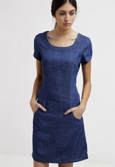 Tom Joule ELISE - Denim dress - dark chambrey for with free delivery at Zalando Dressy Outfits, Simple Outfits, Dress Sewing Patterns, Clothing Patterns, Joules Dresses, Salwar Neck Designs, Mode Top, Denim Shirt Dress, Diy Dress