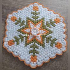 Baby Knitting Patterns, Crochet Patterns, Crochet Fashion, Crochet Stitches, Blouse Designs, Pot Holders, Tatting, Elsa, Embroidery Designs