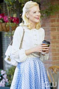 "Hart of Dixie -- ""Where I Lead Me"" -- Pictured: Jaime King as Lemon Breeland --  Photo: Greg Gayne/The CW -- © 2013 The CW Network, LLC. All rights reserved."