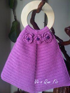 Vê O Que Fiz Crochet Handbags, Gym Bag, Facebook, Fashion, Crochet Bags, Moda, Duffle Bags, Fasion