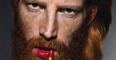 Revolutionair: Rode lippenstift voor mannen