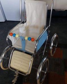 Vintage Pram, Vintage Toys, Retro Vintage, Pram Stroller, Baby Strollers, Childhood Toys, Childhood Memories, Prams And Pushchairs, Baby Prams