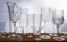 Yes, plastic glasses can be pretty! Who wants a cheap, colored plastic cups at your wedding when you can have tumblers, stemware, flutes and wine glasses that look real without the expense of buying or renting glasses! We have tons of options to fit your wedding style! Let's plan your wedding with disposable glasses from Smarty Had A Party. Don't break your wedding budget because these beauties are so affordable!  Save the money for the honeymoon. For real! Wedding Costs, Budget Wedding, Wedding Tips, Wedding Planning, Party Wedding, Event Planning, Wedding Decor, Rustic Wedding, Wedding Stuff