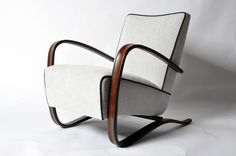 Pair of H269 Kresla or Armchairs by Jindrich Halabala image 4