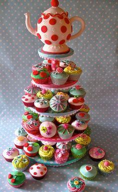 Tea & cupcakes!