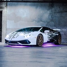 Luxury Sports Cars, Exotic Sports Cars, Cool Sports Cars, Best Luxury Cars, Sport Cars, Cool Cars, Lamborghini Huracan, Lamborghini Photos, Sports Cars Lamborghini