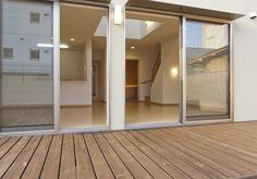 大きな窓の白い吹抜の家(京都 左京) サンキ建設