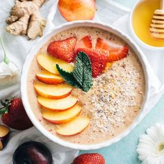 Put those nectarines to good use and make this healthy Nectarine Ginger Smoothie Bowl. It tastes like summer!
