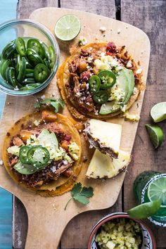 Chipotle Pineapple Chicken Tinga Quesadilla Tostadas with Tequila Lime Pickled Jalapeño's. Really nice recipes. Quesadillas, Chipotle, Mexican Food Recipes, Dinner Recipes, Dinner Ideas, Lime Pickles, Onigirazu, Pineapple Chicken, Pineapple Juice