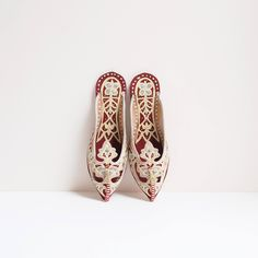 Red Lobelia Slippers | #pakistan #vintage | #maroon #handmade leather slip on f | http://etsy.me/2svy4HL #etsy #leathershoes #slipons #red