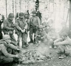 We're in a dell... lol <3 US paratroopers during The Battle of the Bulge