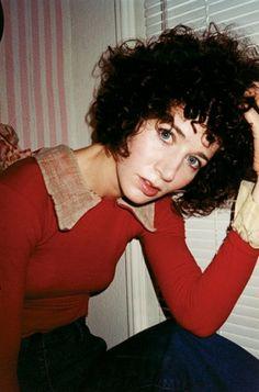 Miranda, curly bob with fringe
