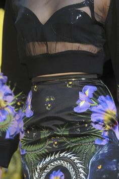 Givenchy runway details | FW 2011