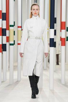 Herm¨¨s Fall 2020 Ready-to-Wear Fashion Show - Vogue Hermes, Peter Lindbergh, Fashion Idol, Daily Fashion, Fashion Hub, Fashion Weeks, Fashion 2020, Ladies Fashion, Street Fashion
