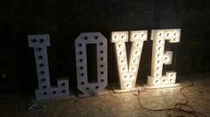 Letras de love en madera! Para  cualquier evento. Diseño y fabricación