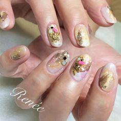 秋色カラー 差し色はネオンピンク♡  #nail#ネイル#nailsalonrenee#ネイルサロンレネ#フルーリアジェル#3Dattacker#annetteアネット#アネット#laurierローリエ