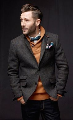 Man Up Photos) Such a dapper way to wear a sweater and suit blazer. Warm too, without looking like the Michelin Man.Such a dapper way to wear a sweater and suit blazer. Warm too, without looking like the Michelin Man. Fashion Night, Look Fashion, Mens Fashion, Fashion Ideas, Fashion Styles, Fashion Updates, Suit Fashion, Fashion Inspiration, Winter Fashion