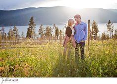 ADORABLE engagement photoshoot