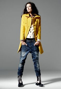The best selection of contemporary and vintage clothing, luxury brands and more you can buy online now Denim Fashion, Love Fashion, Winter Fashion, Fashion Looks, Fashion Outfits, Womens Fashion, Looks Street Style, Looks Style, Casual Looks
