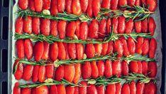 Zelf maken: gekonfijte tomaatjes Canning Recipes, Chutney, Carrots, Paleo, Snacks, Vegetables, Cooking, Food, Spreads