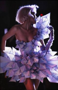 avant garde couture fashion cocktail dress from icicle fabric shapes Thierry Mug. - avant garde couture fashion cocktail dress from icicle fabric shapes Thierry Mugler… www. - Source by ilenereppler dresses fashion Paper Fashion, Origami Fashion, Fashion Art, Lady Gaga Fashion, Trendy Fashion, Fashion Show, Feminine Fashion, Woman Fashion, Ladies Fashion