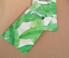 Tropical Leaf print Flat Paper Favor Bags with Die Cut handles, Gift Bag, Favor Bag, Cookie Bag, Candy Bag by thepapercove on Etsy