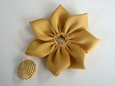 цветок канзаши из лент