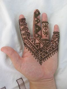 20 Best & Inspiring African Mehndi Designs & Henna Patterns 2012 | Girlshue
