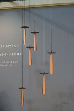 Wallpaper* Magazine: Salone del Mobile 2015 Hamburg designer Olga Bielawska fused copper and slate to create these sculptural 'Punkt' pendants… Dinning Lighting, Bar Lighting, Modern Lighting, Lighting Design, Pendant Chandelier, Pendant Lighting, 2018 Interior Design Trends, Art Deco Lamps, Wallpaper Magazine