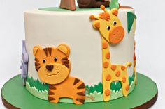 Jungle Safari Cake - cake by The Sweetery - by Diana - CakesDecor Jungle Safari Cake, Jungle Birthday Cakes, Jungle Theme Cakes, Safari Baby Shower Cake, Baby Boy Birthday Cake, Safari Theme Birthday, Animal Birthday Cakes, Safari Cakes, Themed Birthday Cakes