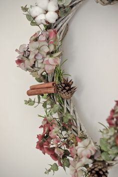 My dried Hydrangea heart + using Eucalyptus, rosemary, pine cones and cinnamon sticks.