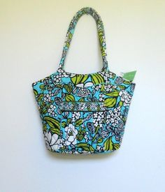 14d7eced8b Vera Bradley Women s Designer Handbag Sweetheart Shoulder Bag ISLAND BLOOMS  New Vera Bradley Handbags