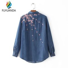 Cheap mujer camisa, Buy Quality denim blouse directly from China jeans shirt women Suppliers: Long Sleeve Embroidery Floral Jeans Shirt Women 2017 Denim Blouse Fashion Office Ladies Casual Brand Tops Blusas Mujer Camisa Denim Blouse, Shirt Blouses, Denim Shirts, Denim Fashion, Look Fashion, Bordado Floral, Shirt Embroidery, Floral Embroidery, Floral Jeans