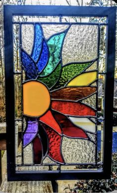 glass panels Beautiful large beveled and leaded stained glass sunburst Stained Glass Paint, Stained Glass Suncatchers, Stained Glass Flowers, Stained Glass Panels, Stained Glass Projects, Leaded Glass, Beveled Glass, How To Do Stained Glass Diy, Dragonfly Stained Glass