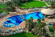 Amazing Example Of A Resort Pool Hope This Help With Design Ideas For Your Swimming