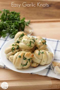 Easy Garlic Knots Recipe