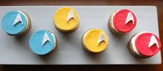 My birthday is in April...just, ya know...in case you saw some awesome cupcakes you wanted to make me ;)