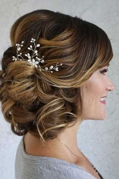 Mother Of The Bride Hairstyles ❤ See more: http://www.weddingforward.com/mother-of-the-bride-hairstyles/ #weddings