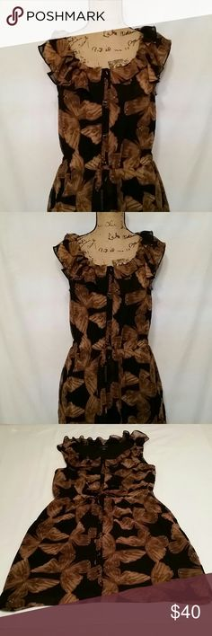 Banana Republic Butterfly dress Butterfly print button up dress with ruffle top and cinched waist, with pockets. Rare ptint. Banana Republic Dresses Midi