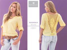 Un look original, disponible en nuestras tiendas Bonabella. Precio blusa: http://bonabella.com.co/producto/blusa-23051/