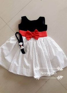 40 New Ideas Craft For Girls Dress Patterns Baby Girl Dresses Craft dress Girls ideas Patterns Baby Girl Frocks, Baby Girl Party Dresses, Frocks For Girls, Dresses Kids Girl, Kids Dress Wear, Kids Gown, Children Dress, Young Children, Kids Wear