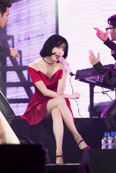 IU is known for her bubbly, bright image, but she can also go sexy! These are the 10 sexiest outfits that IU has ever worn. Korean Women, Korean Girl, Asian Girl, Sexy Outfits, Sexy Dresses, Cute Outfits, Choker Outfit, Red Velvet Dress, Perfect Figure