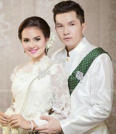 Khmer wedding in white
