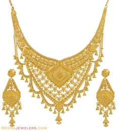 Gold necklace and earrings set (22kt indian jewelry) with intricate